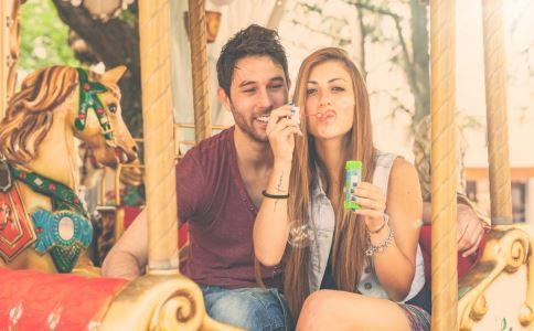 姐弟恋能够幸福吗 原来姐弟恋有这么多的好处-成人用品 情趣用品 性爱保健品 两性用品成人网站