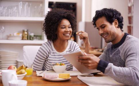 当婚姻出现婚姻危机时,会有哪些早期征兆?
