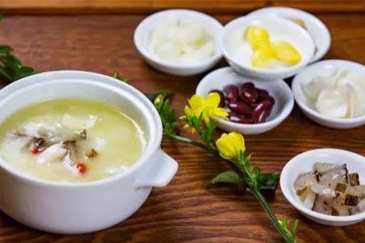 女性秋季滋补很重要,3款养生食疗汤,补气养血,改善手脚冰冷