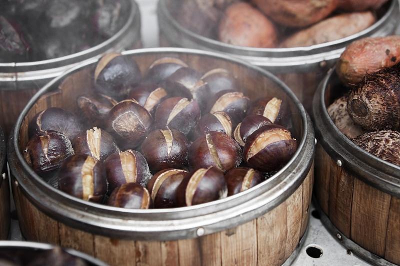 秋吃板栗,补脾健胃、补肾强筋,若糖尿病人想吃,得先弄清热量