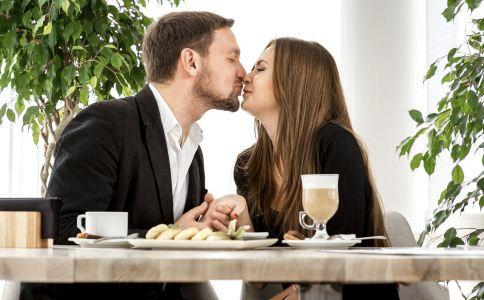 天蝎座暗恋一个人 会有10个表现-成人用品 情趣用品 性爱保健品 两性用品成人网站