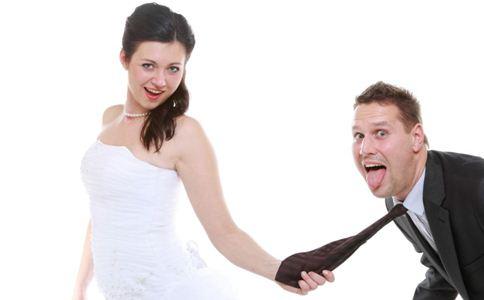 爱得很独立 哪些星座女最不喜欢跟恋人腻歪-春印堂专注于男性键康,专业印度代购,正品保证,全国包邮!让您拥有性福生活!